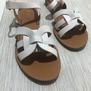 Sandals white color (NEW)